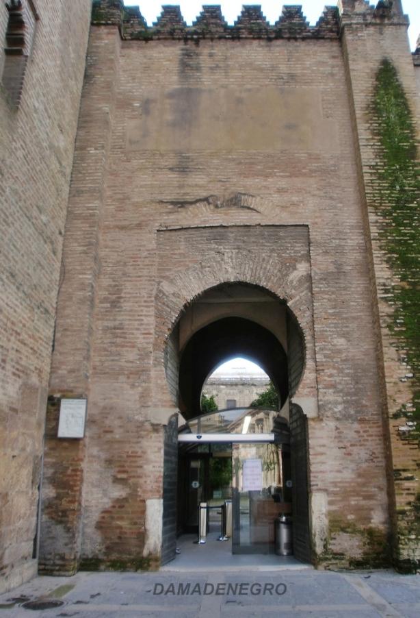 La puerta del lagarto catedral de sevilla el blog de - Puertas uniarte sevilla ...