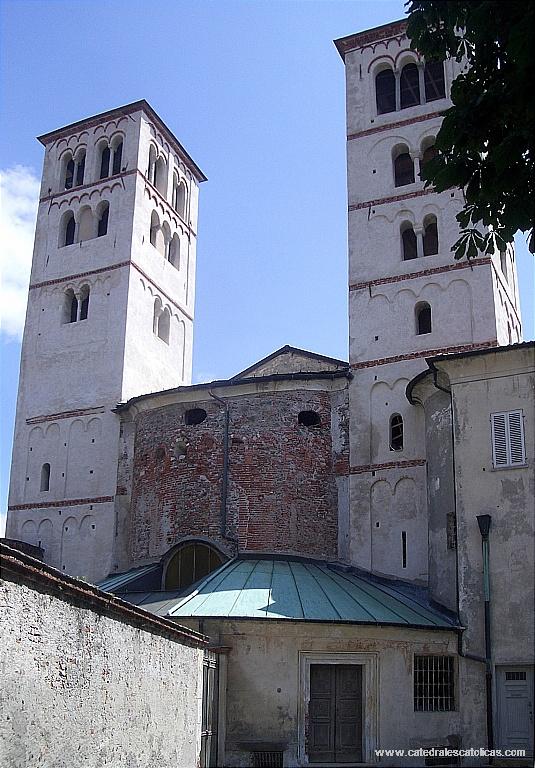 La Catedral de Ivrea Italia4