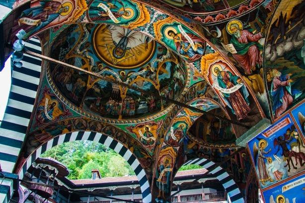 Pinturas-bizantinas-Monasterio-de-Rila-Bulgaria-