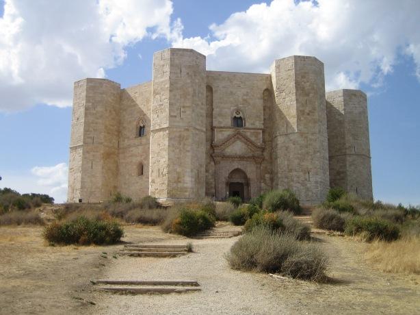 Castel del Monte, en Sicilia,