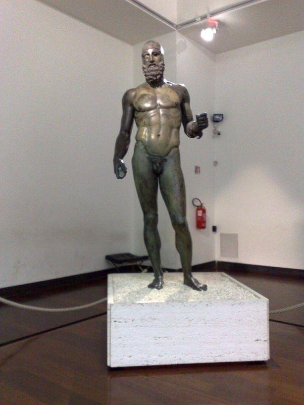 Bronce de Riace estatua  B