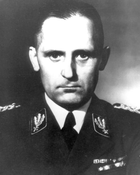 El jefe de la Gestapo esta estar enterrado en un cementerio judío de Berlin