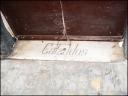 antiguo escalón de una casa que indicaba que alli habia un zapatero