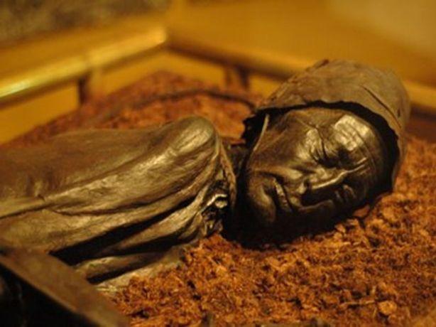 el hombre momia