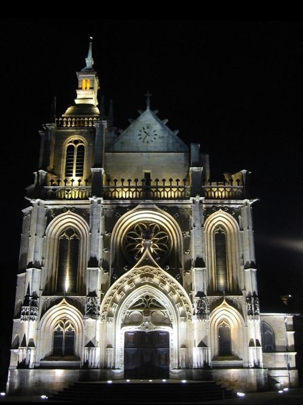 eglise-saint-etienne-de-bar-le-duc-en-bar-le-duc-mosa-eglise-saint-etienne-de-bar-le-duc-meuse-lorraine-france_1fe1a94cef8144d81e296351fbe58736_1000_free