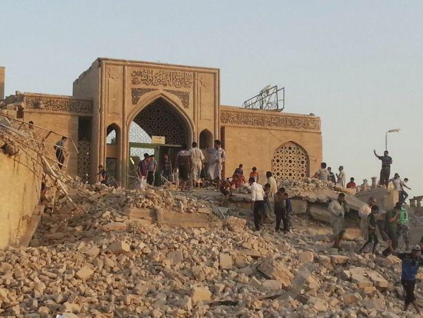 la mezquita en honor al profeta Jonás en Mosul destruida en julio por terroristas del estado islámico.