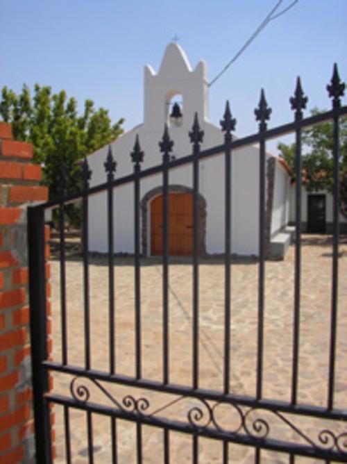Iglesia-Parroquial-de-Puerto-Hurraco