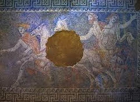 Mosaico en el suelo de la antesala de la tumba